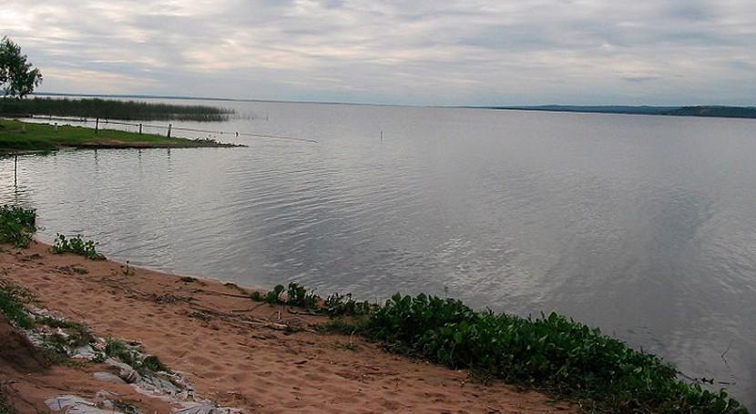 Un grupo de científicos detecta mediante drones el nivel de contaminación del lago Ypacaraí